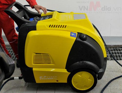 Máy rửa xe 200 triệu đồng tại Việt Nam